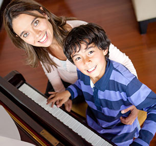 Oakville Piano Lessons for Kids. Mississauga music lessons. Vaughan. Guitar. Singing. Drums.